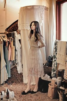 daily 2019 feminine& classy look Blackpink Fashion, Ulzzang Fashion, Asian Fashion, Fashion Dresses, Womens Fashion, Simple Dresses, Pretty Dresses, How To Look Classy, Korean Outfits