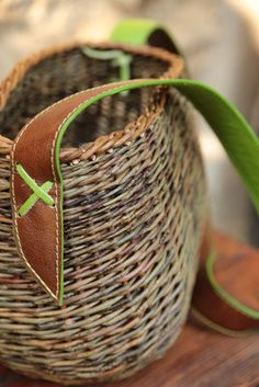 Square Baskets, Wicker Baskets, Weaving, Laval, Bags, Couture, Hampers, Purse, Objects