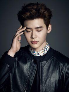 [MAGAZINE] Lee Jong Suk – Esquire Magazine April Issue '15 1688x2250