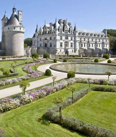 Visit this chateau known as the jewel of the Loire Valley and the Château des Dames. Beautiful Castles, Beautiful Places, French Chateau Homes, Places To Travel, Places To Visit, Dream Mansion, French Castles, Chateaus, French Countryside
