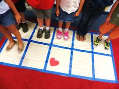 First Grade Wow: kinesthetic lifesize 10 frame