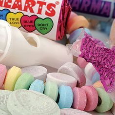 Swizzles 40 pieces of Retro Sweets Favors Pack Old Sweets, Retro Sweets, Dream Wedding, Wedding Stuff, Wedding Ideas, Edible Wedding Favors, Love Blue, Jelly Beans, Treats