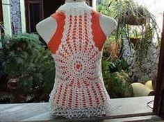 Resultado de imagem para colete feminino em croche