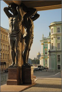 Saint-Petersburg, Russia. Атланты Санкт-Петербурга
