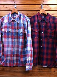 フェローズからウエスタンシャツです。加工がしっかりはいった少しラフな雰囲気が心地よいシャツです。年中ヘビロテ間違いなし〜。 価格¥16,800-