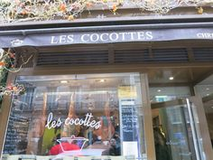 Paris.Best Places to Eat Near Eiffel Tower and Picasso Museum