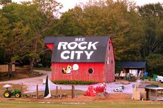 The Rock City barn you can see from Rock City by SeeMidTN.com (aka Brent), via Flickr