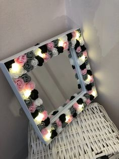 Floral light up mirror, girls room, dressing table. Girls Dressing Room, Dressing Room Mirror, Dressing Room Design, Dressing Table, Diy Floral Mirror, Flower Mirror, Diy Mirror, Diy Projects To Decorate Your Room, Room Ideas Bedroom