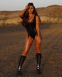 jesymix14: Platforms and glitter in the desert ☀️ @dollskill @shadelondon @jamiemcfarland @zedtasty