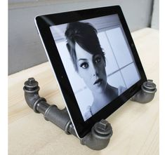 Are you interested in our industrial ipad tablet stand? With our steel pipe docking station you need look no further.