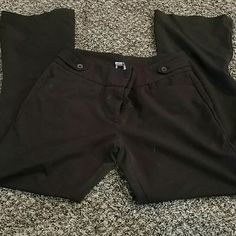 Brown slacks Comfortable brown slacks pretty simple and basic but nice to wear to a job that has a business casual dress code. Anne Klein Pants Trousers