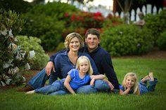 Premier family portrait photographers Jack Hopkins and Lynda Pozel in Eureka CA. Hopkins Fine Portraiture offers family photography serving the north coast of CA