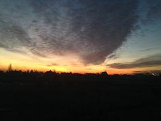 Słońce zachodzi nad moją wsią