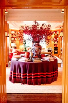 Chinoiserie Chic: A Chinoiserie Christmas - Tory Burch
