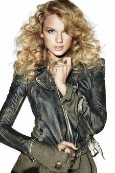 Taylor Swift | 2010 | Elle Magazine Photoshoot