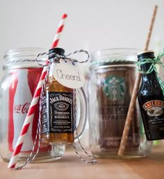 Valentine's Day mason jar gifts that are creative, unique and make a fun gift for your Valentine! Try these inexpensive DIY Valentine's gifts in a jar today for the best Valentine's Day ever in is the perfect Valentine's gift in a jar for him! Mason Jar Christmas Gifts, Mason Jar Gifts, Christmas Drinks, Mason Jar Diy, Christmas Ideas, Alcohol Gift Baskets, Liquor Gift Baskets, Alcohol Gifts, Mason Jar Cocktails