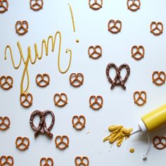 Who doesn't love food that looks like other food! Turn a Tootsie Roll into a pretzel, these would make adorable treats for your end-of-summer BBQ! Summer Bbq, Pretzel, Diy Tutorial, Love Food, Sprinkles, Diy And Crafts, Rolls, Treats, Sweet