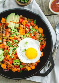 Brisket Hash Recipe, Potato Hash Recipe, Sweet Potato Hash, Potato Recipes, Best Breakfast Recipes, Brunch Recipes, Easy Dinner Recipes, Breakfast Ideas, Easy Recipes