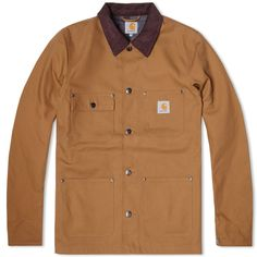 The Chore coat is one of Carhartt's timeless classics that really speaks for itself. The durable 100% cotton shell is blanket lined and features four traditional utility pockets. The jacket is then finished with a corduroy collar branded metal buttons and adjustable cuffs. This garment truly is a must for any Carhartt fan. 100% Cotton Shell Blanket Lined Thinsulate Insulation Four Utility Pockets Internal Pocket Embossed Leather Carhartt Logo Adjustable Cuffs
