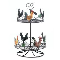 The possibilities are endless when you have this charming rooster circular rack on your kitchen counter. Fill it with spices or anything you want organized and looking neat. It's made from iron and the lower rack is wider than the top. Rooster Kitchen Decor, Rooster Decor, Primitive Kitchen, Country Kitchen, Rooster Plates, Chicken Kitchen Decor, Primitive Decor, Kitchen Baskets, Kitchen Rack