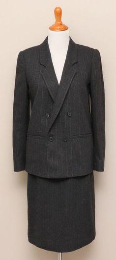 Petra women blazer blouse black velvet evening jacket faux pearl rhinestone peplum skirt long sleeve double breasted vintage 80s size M