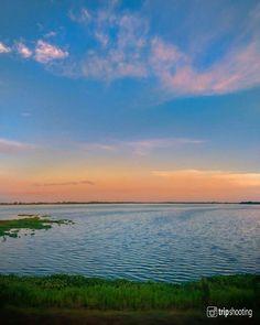 """Fotografía de viajes en Instagram: """"😍 ÉSTA ES SÓLO UNA de las infinidad de escenas hermosas que se pueden disfrutar cerca al Río Magdalena. Esta es la Ciénaga de Zambrano…"""" Magdalena, Celestial, Mountains, Sunset, Instagram Posts, Nature, Travel, Outdoor, Travel Photography"""