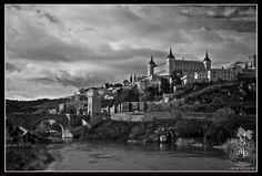 Toledo by Puertolas