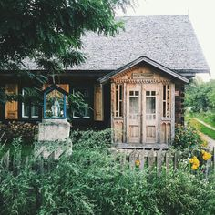 jadlonomia instagram Knock On Wood, European House, Village Houses, Good House, Countryside, Beautiful Homes, Fa, Exterior, Cabin