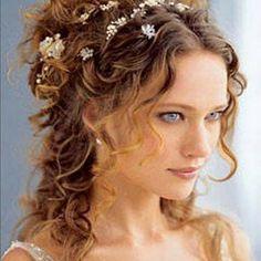 Peinados boda media melena. Recogido bajo con trenzas despeinadas. Sencilla coleta con lazo. Peinados novia segun vestido. 35 fotos.