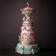 The creator, Özlem Arabici, takes a simple list of cake ingredients and creates ornate masterpieces worthy of a gallery. Gorgeous Cakes, Pretty Cakes, Amazing Cakes, Crazy Cakes, Fancy Cakes, Unique Cakes, Creative Cakes, Carousel Cake, Kale Pasta
