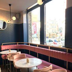 New Design Cafe Restaurant Banquettes Ideas Banquet Seating, Booth Seating, Floor Seating, Cafe Seating, Cafe Restaurant, Restaurant Design, Luxury Restaurant, Restaurant Lighting, Restaurant Chairs