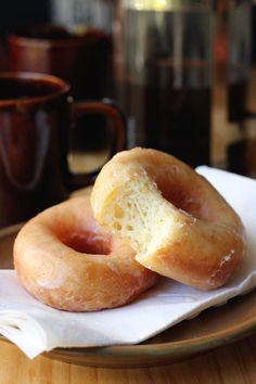 Glazed Donuts and Coffee! [Street Food Monday]