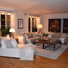 23 Cozy Small Living Room Decor Ideas for Your Apartment - Decor Room Ideas Living Room Interior, Home Living Room, Apartment Living, Cozy Apartment, Apartment Design, Small Living Rooms, Living Room Designs, Modern Living, Tiny Living