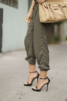 I love the army green pants!! Krruutttteeeee!!!!!                                                                                                                                                                                 More
