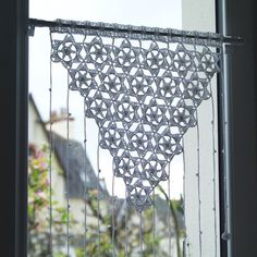 Ravelry: Vintage lace curtains pattern by Laurence DeuxL Crochet Curtains, Lace Curtains, Crochet Patron, Crochet Lace, G Shaped Kitchen, Ravelry, Adobe Reader, Baby Sun Hat, Dioramas