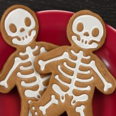 Great idea for Halloween cookies-royal icing on pumpkin spice cookies...