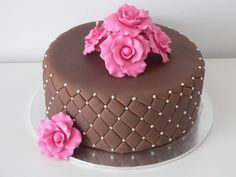 Marias Cake Chocolate mud cake covered in chocolate fondant first attempt at qulting need lots more practise modelling paste roses Cake Icing, Fondant Cakes, Cupcake Cakes, Bolo Cupcake, Cake Decorating Piping, Chocolate Mud Cake, Cake Cover, Small Cake, Fancy Cakes
