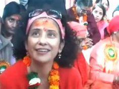 'ILU' गर्ल मनीषा कोइराला ने धरा नया रूप, हरिद्वार में 'जोगन' के वेश में दिखीं - See more at: http://khabar.newspostlive.com/Description/?NewsID=1046#sthash.f7XwHgyX.dpuf