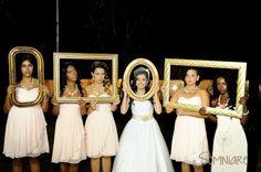 casamento-economico-sao-paulo-ao-ar-livre-estilo-americano-damas-vestidos-iguais-decoracao-com-flores (23)