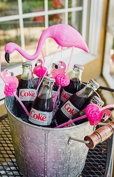 What little girl (or girl in general) wouldn't want a pink flamingo birthday party? We are personally adding the theme to our list after seeing Cristin, of The Southern Style Guide execute it so well for her daughter's first birthday. Pink Flamingo Party, Flamingo Baby Shower, Flamingo Birthday, Pink Flamingos, Flamingo Pool, Miami Party, Aloha Party, Luau Party, 50 Party