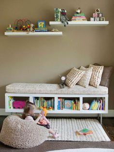 banc de rangement avec rangement de livres, chambre d'enfant