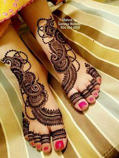 Attractive and Elegant Feet Mehndi Designs - Kurti Blouse Khafif Mehndi Design, Indian Henna Designs, Latest Arabic Mehndi Designs, Stylish Mehndi Designs, Mehndi Design Pictures, Bridal Mehndi Designs, Mehndi Designs For Hands, Henna Tattoo Designs, Mehndi Images