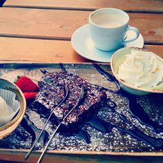 Delicious chocolate cake Here: Hans im Glück Munich
