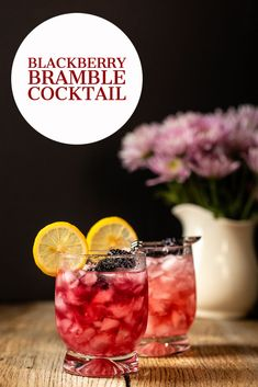 Blackberry Bramble Cocktail - this refreshing gin cocktail is fun and fruity!  Bursting with fresh blackberry flavor and gorgeous color! Easy Gin Cocktails, Classic Gin Cocktails, Gin Cocktail Recipes, Refreshing Cocktails, Summer Cocktails, Cocktail Drinks, Raspberry Gin, Blackberry Bramble, Gin Martini Recipe