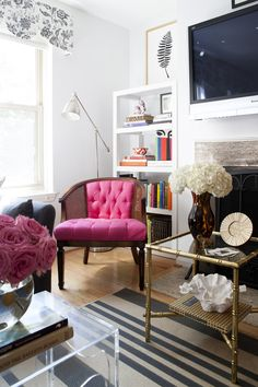 Style At Home: Lindsay Souza Of The Pursuit Of Style | Photo by Stacy Zarin Goldberg