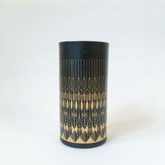 Czarno-złoty wazon Rosenthal (Studio Line), proj. Hans-Theo Baumann | Black & gold Rosenthal (Studio Line) vase, design Hans-Theo Baumann |buy on Patyna.pl | #forsale #vintage #vintagefinds #vintageshop #vintagelove #retro #old #design #home #midcenturymodern #want #amazing #home #inspiration #kitchen #decoration #furniture #vase #black #gold #glamour #Rosenthal #StudioLine #pattern #Baumann #70s #1970s #przedmioty
