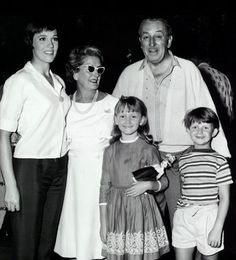 Julie and the kids form Mary Poppins with Walt and Lillian Disney