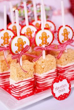 Great idea for rice krispies at Christmas. Could also use the Christmas rice krispies to add a bit more color.