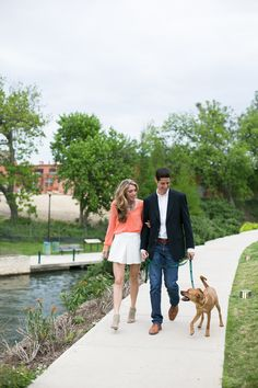 Texas Engagement Photos at The Pearl Brewery and Stables | Laura Elizabeth Photography | Reverie Gallery Wedding Blog