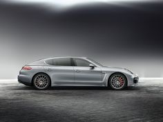 2014 Porsche Panamera Turbo Executive / $161,100